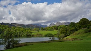 Loughrigg Tarn view of Langdale Pikes