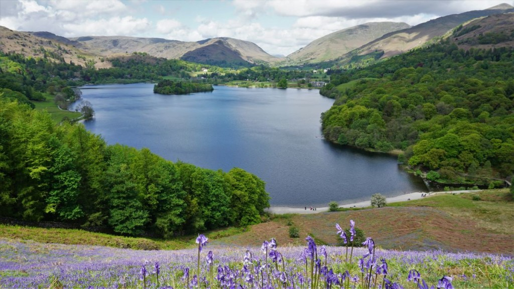 loughrigg terrace view of Grasmere