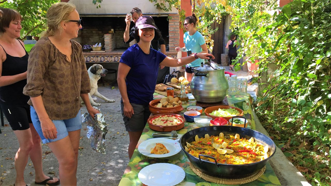 yoga hikes spanish break meal time