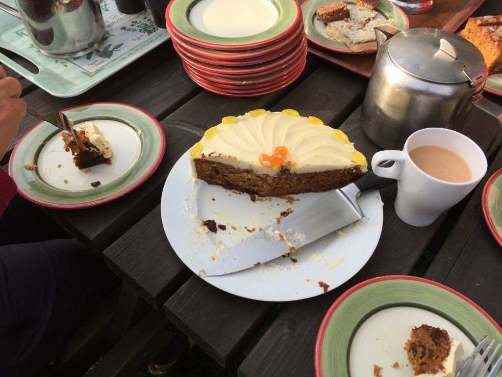 nab cottage yoga hikes - just cake