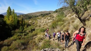 spain-yoga-hiking-river-hike
