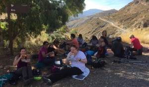 spain-yoga-hiking-lunch-break