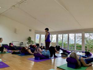 Yewfield YogaHikes - Cosy Yoga